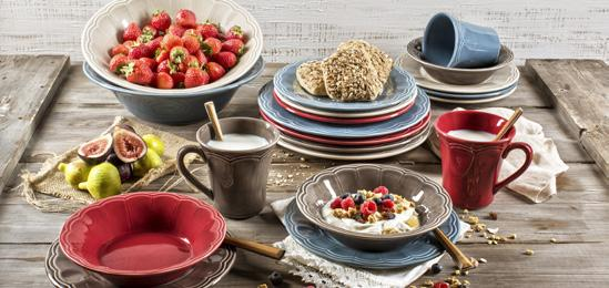 Naperon This traditional but stylish assortment allows you to make any meal fun by layering mixed colors for