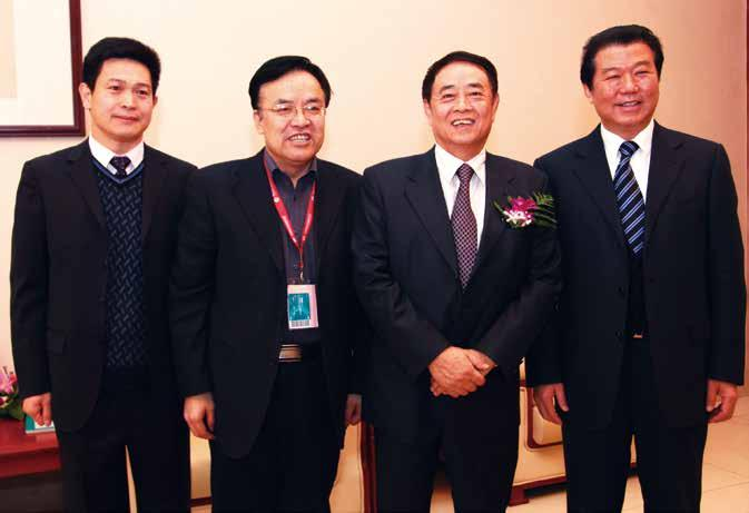 Director (minister level) of National Zhang Xueshan, Chairman of Zhenwei Exhibition, Zhang Laibin, Member of Standing Committee of