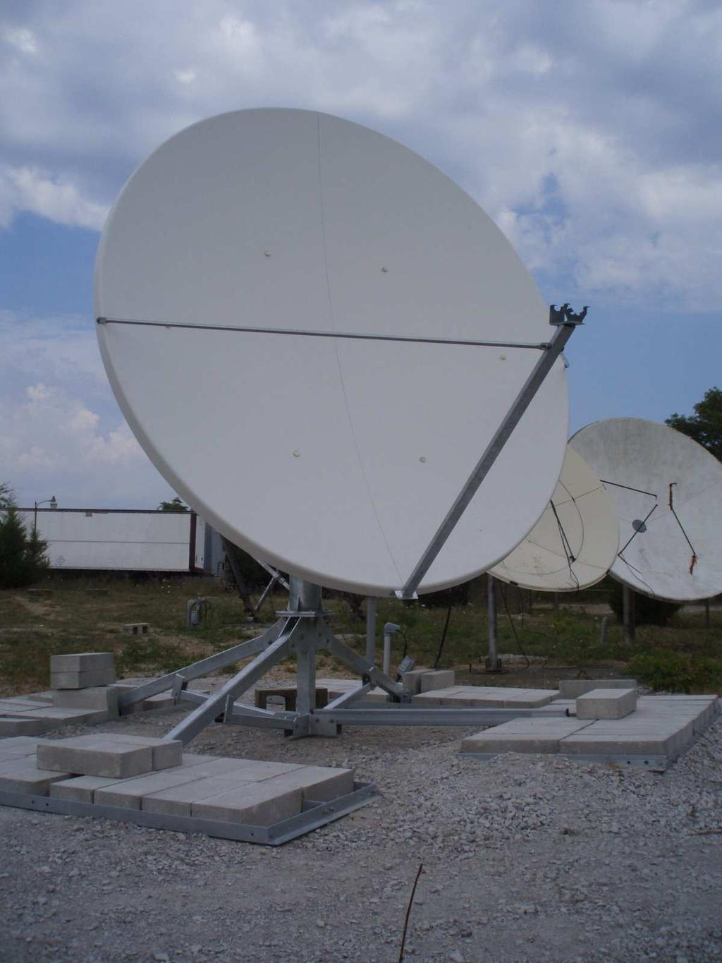 In a different possible design, the triggering is still done at the dish and using a series of Mini-Circuits power detectors the power is transmitted to the digitizers.