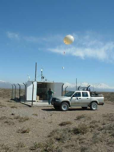 Figure 3.19: The Balloon Launch Facility (BLF) played host to the German, Dutch and OSU/Leeds radio efforts while also performing the routine weather monitoring.