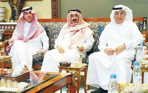 newspapers and Dean of Journalism Ahmed Al-Jarallah was invited to the diwaniya of Eng AbdulMohsen Al-Zakri in Al-Riyadh recently, reports Al-Seyassah daily.