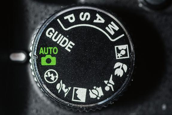 Nikon D3200 Digital Field Guide Mode dial. The Mode dial is where you select the exposure mode. It has 13 modes, as shown in Figure 1.2. You can set the exposure mode by turning the dial to one of the following settings: 1.