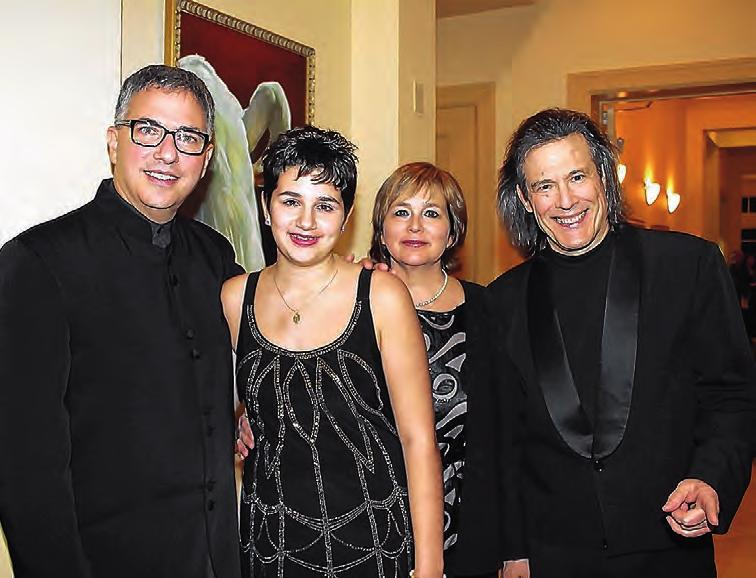 the Charlotte Symphony s gala Wednesday are Phyllis and Glynn Frazee, izabeth and Frank Harter, and Beverly and Jerry O Halloran