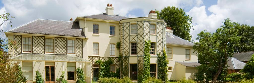 Hytera Helps to Evolve Communications at Down House C A SE S T U DY Down House the family home of Charles Darwin is a popular historical visitor attraction extending over 33 acres of gardens and