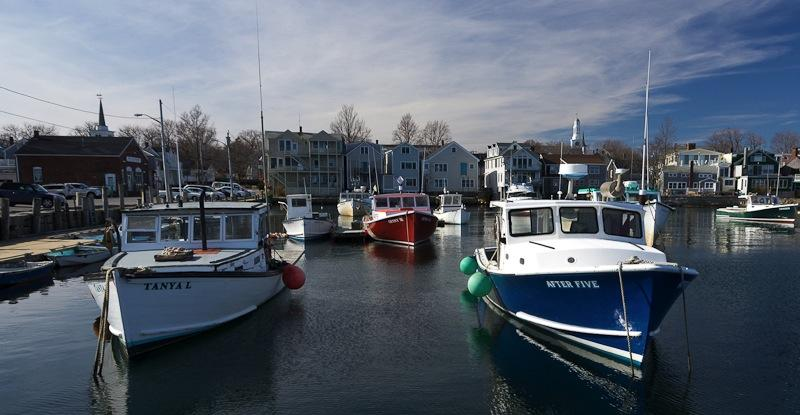 ROCKPORT HARBOR IN WINTER Basic exposure with final