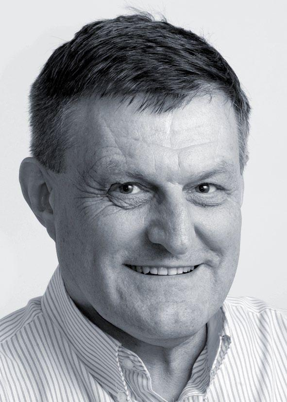 Candidate Profile Stuart Burns BMS, FCA, CFIP, FCIS, M Inst D, ANZIM Stuart was appointed to the board of Seeka Kiwifruit Industries Limited in June 2008 and is a member of the audit committee.