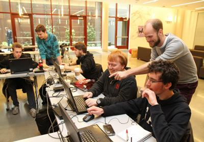 experience. Classes are instructed by experienced, professional game developers.