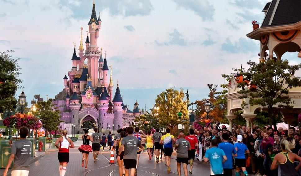 Hotel + 10K Race One magical course through two spectacular Disney Parks! This course is the perfect distance for runners of all levels.