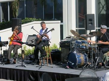Concerts in the Park Art in Bloom Luncheon EXHIBITION RECEPTIONS MEMBER EVENTS Concerts in the Park Art in Bloom Gala 2017: The Triple Crown Guests enjoyed musical performances by area jazz musicians