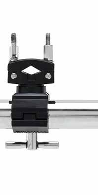 ROAD SERIES CLAMPS RACK SYSTEMS DOUBLE RIGHT ANGLE CLAMP Fixed position clamp that connects two horizontal bars together, end to end, at an offset 90 degree angle to a
