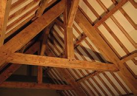 We utilise premium quality materials, such as 300 year old oak beams and hand made clay peg