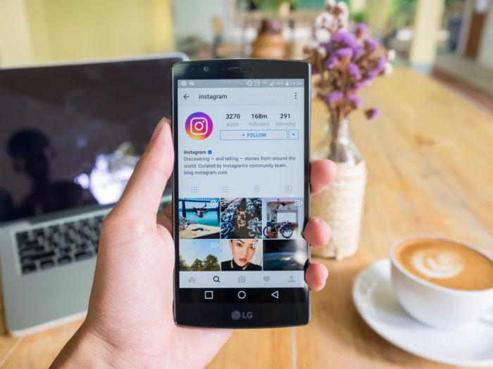 CHAPTER 2 INSTAGRAM STATISTICS Did you know that Instagram has 600 million active users and that 120 million photos are shared every day? That s not all There s a lot more you all need to know.