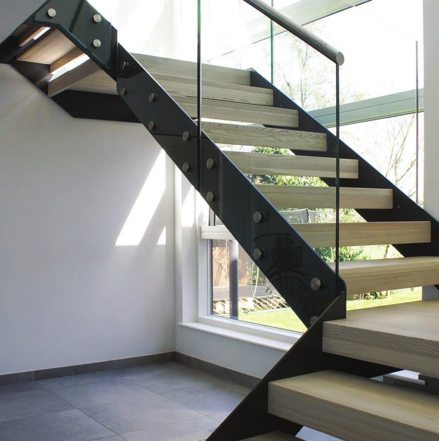 1 MODEL 500 STAIRCASE I WOULD HAVE NO DIFFICULTY RECOMMENDING YOUR COMPANY Mr & Mrs Prince Romsey 2 The Model 500 staircase combines steel stringers, timber treads and glass balustrade for a modern
