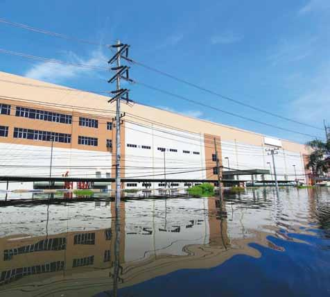 Management Supplier Risk Management The Thai flooding of 2011 affected more than just companies in the country and their employees.