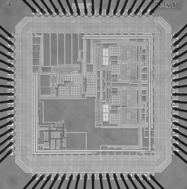 117 pass filter (LPF) with a cutoff frequency of 20MHz. These filter s characteristics are common in the baseband section of communication systems. The chip microphotograph is shown in Fig. 6.24.