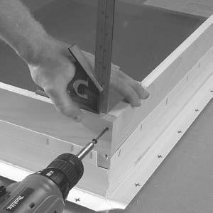 Jamb Extension Option Installation (cont.) FIGURE 4 4. Align the side of the vertical piece with the end of the horizontal piece or use a small square to square the vertical extension.