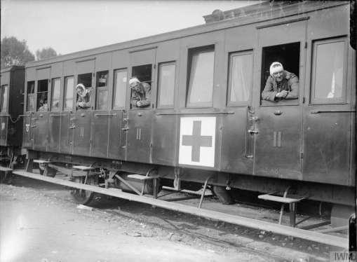 In July 1916, during the first days of the Battle of the Somme, the CCSs at Heilly were closest to the battlefield, but the last on the route taken by ambulance trains on their journey taking