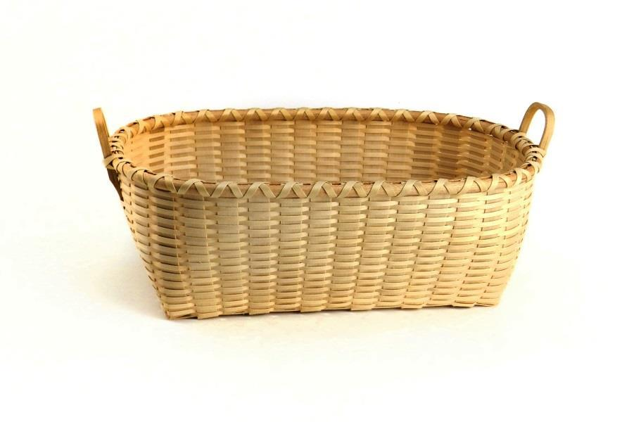 This sweet little dish is a wonderful introduction to beaded pine needle basketry or addition to your collection! A huge variety of bead color choices are available.