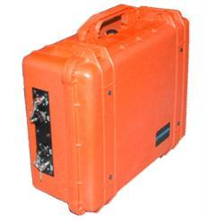 The Transportable unit can be easily deployed in the field and is powered up either by plugging into an AC outlet or by using an optional battery