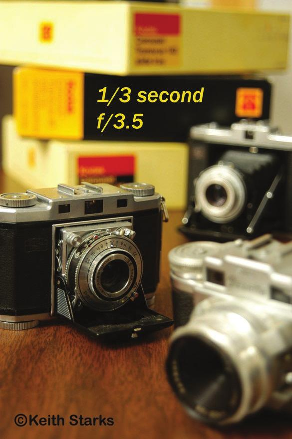 The Aperture and depth of Field The aperture setting is one of the factors that affect depth of field.