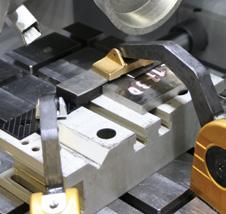 carriage and V-groove block» see at Easy-clamping modules for