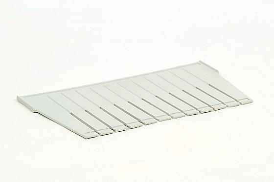 divider (ISO) for modules of 20 cm high, injection molded plastic, light grey, to be used crosswise.