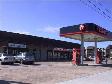 RETAIL 2311 25th Ave Texas City, TX 7759 Parking: Retail Service Station 3,76 SF 3,76 SF 1 1% Multiple Tenant.