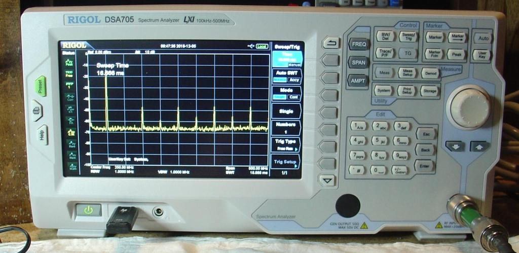 Rigol DSA705 Spectrum Analyzer Reviewed by Phil Salas AD5X ad5x@arrl.net Today s state-of-the-art test equipment is becoming more and more affordable.