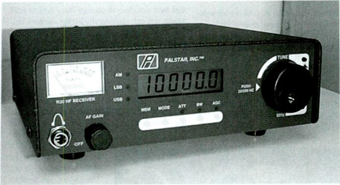 the R30 is a double up -conversion superheterodyne (45 MHz/455 khz) with 6 khz and 2.5 khz ;electivity, six -digit LCD frequency display, a true analog S -meter, and 100 memory channels.