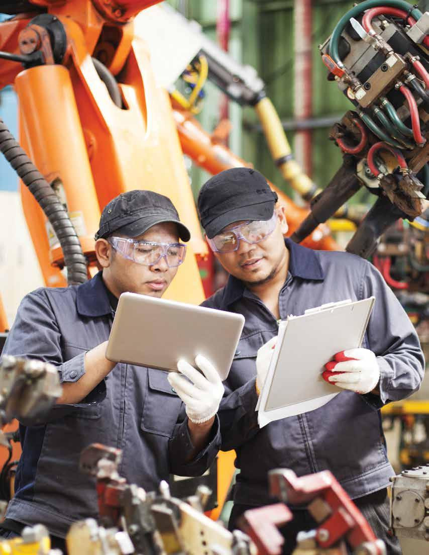 BOTH TECHNOLOGY AND MANUFACTURING PROFESSIONALS NEED A PLATFORM TO CONNECT AND UNDERSTAND EACH OTHER Both national manufacturing and technology executives agree on the top barriers to the