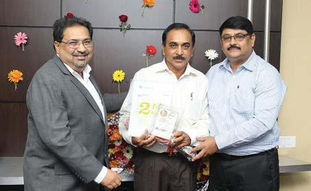Bhubaneswar Cluster receives his award from Mr. S.