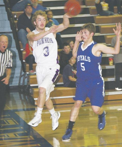 S ports Section B Wednesday, December 12, 2012 The McLeod County Chronicle GSL wins opener, 80-63 Maass leads team effort with 26 points, 7 assists, 6 boards Lee Ostrom Sports Editor Ethan Maass led
