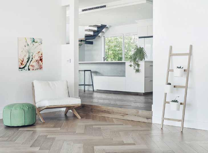 SAUVIGNON HERRINGBONE & CHEVRON PARQUETRY If looking to make a spectacular design statement our De Marqué pre-finished parquetry is a smart move.