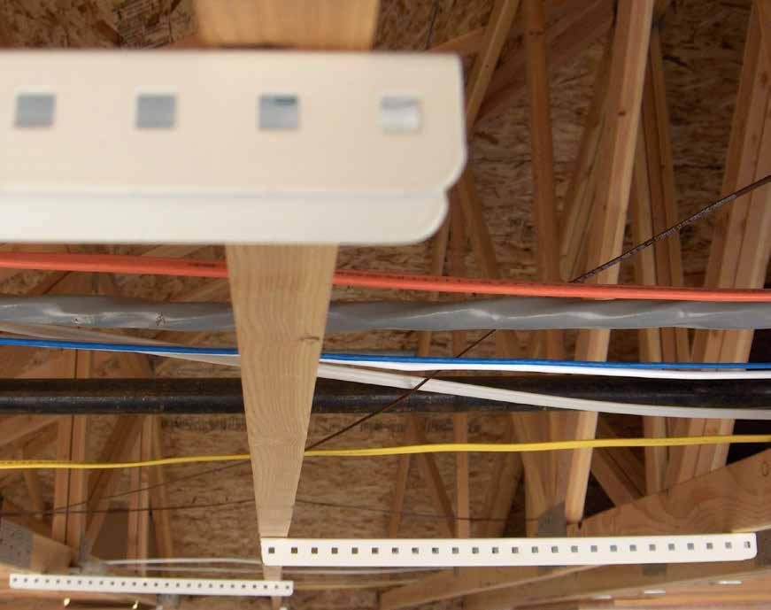 GENERAL INFORMATION For ceiling joists that run the same direction, the ceiling mounts should