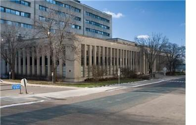 eacon luff Technology ampus (Former 3M ampus) 33 900 ush Ave Saint Paul, MN 55106 41,000 SF