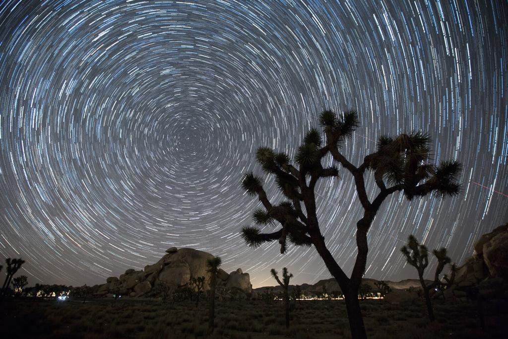 18 Star Trails F/2.