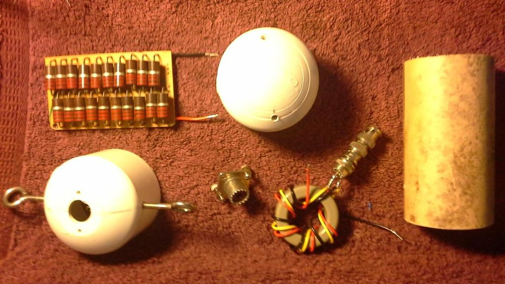 This is the first Termination and Balun setup I built for the 2 leg terminated dipole experiment.