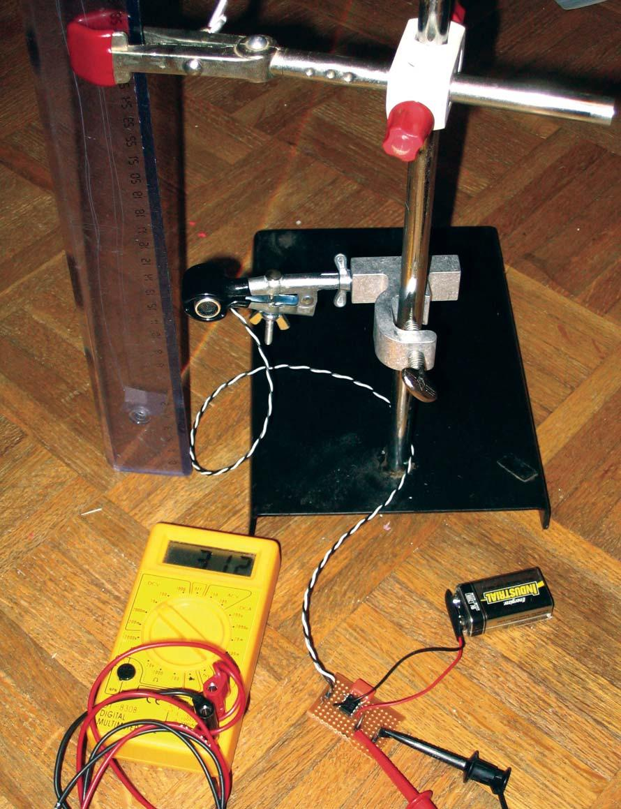 Vol 4 No 5 Servo Magazine Super Robonova Driving Stepper Motors Find More Information Of Wiring A Dc Motor By Handyboardcom Here The Transmitter Transducer Held Fixed Distance Above Floor With Small Clamp