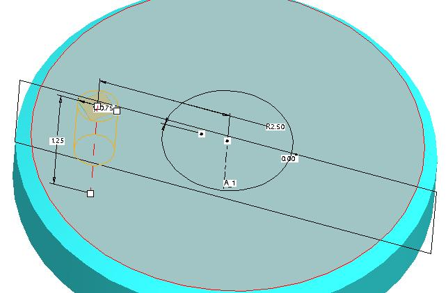 The radial hole referenced 6. To place the second reference, drag the second reference handle to the Top datum plane.
